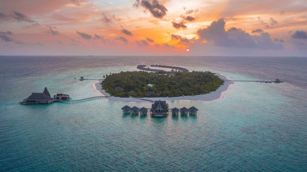 Anantara-Kihavah-Maldives-Villas