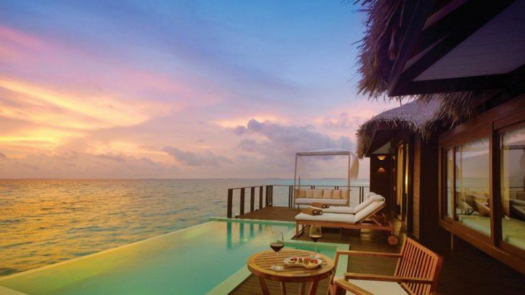 Sunset Water Pool Villa